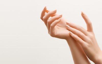 Come prendersi curadi mani e polsi
